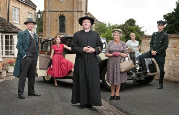 FATHER BROWN main cast