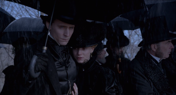 CRIMSON PEAK thomas edith