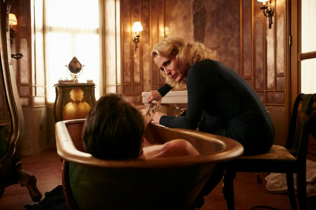 "HANNIBAL -- ""Dolce"" Episode 306 -- Pictured: Gillian Anderson as Bedelia Du Maurier -- (Photo by: Ian Watson/NBC)"